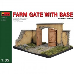 Cod.min36034 FARM GATE WITH BASE Esc.1/35