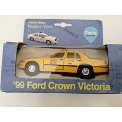 TAXI NUEVA YORK 99' FORD CROWN VICTORIA. ESC 1/38