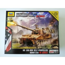 COD.ZVZ7422 US 155-MM SELF-PROPELLED HOWITZER M-109A2. ESC 1/100