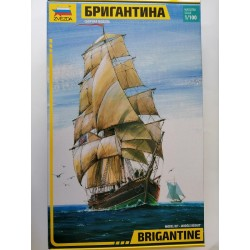 Cod.zve9011 ENGLISH SAILIND SHIP BRIGANTINE Esc.1/100